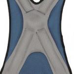 肩、背中、脚パッド:軽量で吸収速乾な素材。ふちは丸みを帯びた加工で着用時の快適性と安全性を確保。よじれない構造。