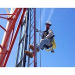 梯子からの墜落防止システム 使用事例